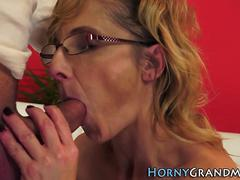 mature granny has anal extreme