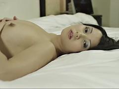 beautiful as hell virgin babe kalinka malinka shows her heavenly body