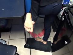 Iranian Girl Show Feet And Ticklish