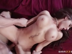 madison ivy spread her legs wide and got pussy nailed