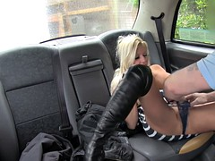 Hot busty passenger banged in the taxi