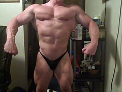 str8 bodybuilder massive twists
