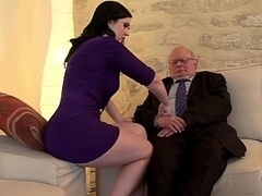 Braunhaarige, Gehörnter ehemann, Europäisch, Hardcore, Hausfrau, Realität, Jungendliche (18+), Ehefrau