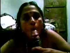 Desi- mallu bindhya aunty