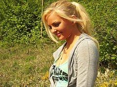 Любители, Блондинки, Натуральные сиськи, На природе, Реалити, Застенчивая, Дразнящие, Молоденькие