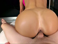 colombian pornstar franceska jaimes takes on hard cock like a pro