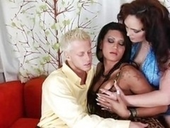 Couple Get down and dirty T-girl