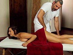Vollbusig, Massage, Natürlich, Natürlichen titten, Muschi, Jungendliche (18+), Titten, Jungfrau