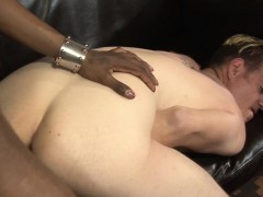 Ebony tgirl gets ass fuck