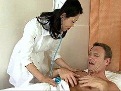 Asiatique, Médecin, Femelle, Groupe, Hard, Japonaise, Homme homme femme, Plan cul à trois