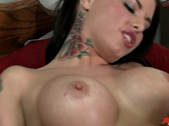 big breasted babe christy mack gets her pussy fingered