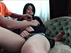 Uncensored Japan Porn MILF with shaved pussy