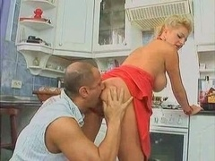 Blonde Sinful Sexually available mom Fucked In The Kitchen