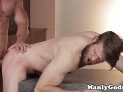 Bearded hunk sucks muscular stud