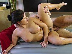 Natural tits, natural bodies, 100% real HD erotica