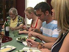 Blonde, Couple, Groupe, Hard, Femme au foyer, Maman, Rasée, Adolescente