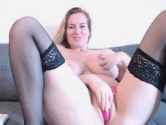 babe xxxwildcatxxx flashing boobs on live webcam