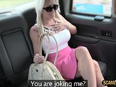 Cab driver slams Christinas wet pussy