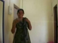 Indian hourse wife and additionally devar appreciate in hotel