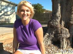 Hot curvy blonde fucked outside in a backyard