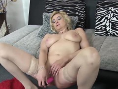 EuropeMaturE Mature Eva Solo Masturbation