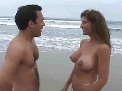 Strand, Reusachtig, Moeder die ik wil neuken, Moeder