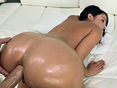 Dianna Dee enjoys huge dick anal fuck
