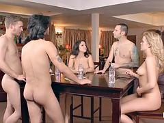 Anal, Rubia, Mamada, Morena, Doble penetracion, Grupo, Tatuaje, Juguetes