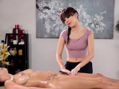 Teen lesbian gets massage