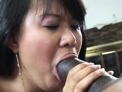 Asiatique, Sucer une bite, En levrette, Poilue, Interracial, Japonaise