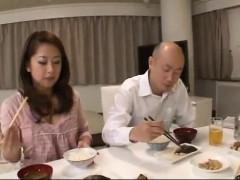 Amateur, Asiatique, Sucer une bite, Cocu, En levrette, Hard, Japonaise, Plan cul à trois