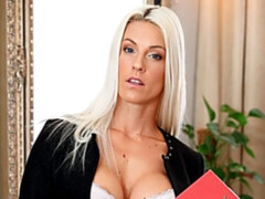 Teacher blonde Blanche Bradburry shows her stud what she can do